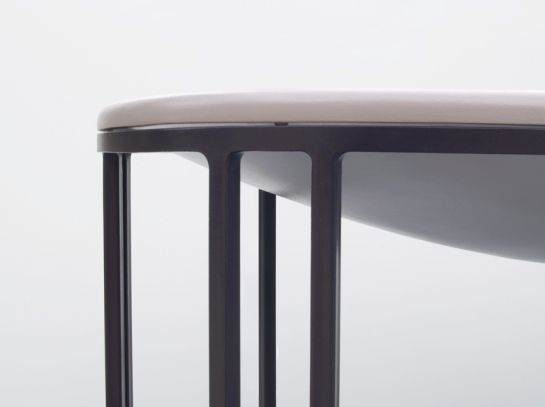 Lukas Peet - surface and surface