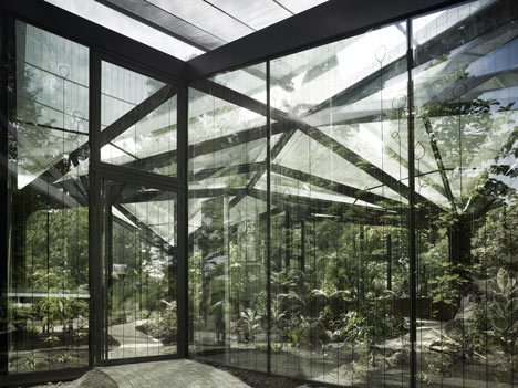 Gruningen-Botanical-Garden-Buehrer-Wuest-Architekten- surface and surface